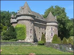 Je vous emmène maintenant dans le Cantal, à la découverte du château d'Auzers. Nous serons dans l'ex région ...
