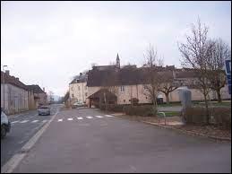 Village Saône-et-Loirien, Massilly se trouve dans l'ex région ...