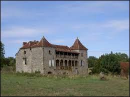 Nous commençons notre balade en Occitanie, à la maison Réveillac, à Fons. Village médiéval du Haut Quercy, il se situe dans le département ...