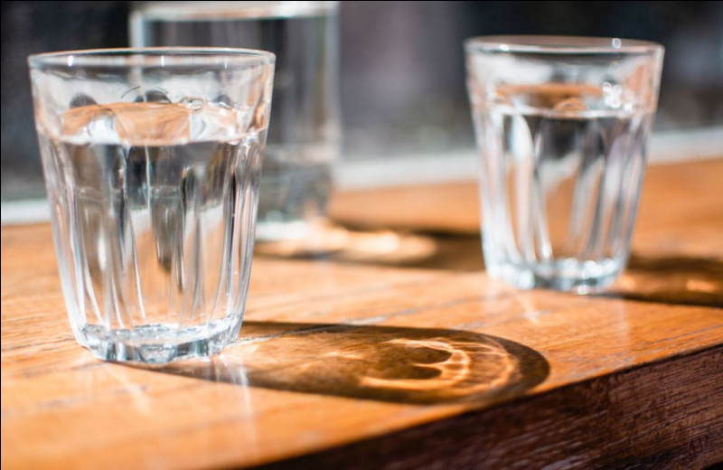 Quelle boisson était vendue comme un «Tonique pour le cerveau stimulant l'activité intellectuelle» ?