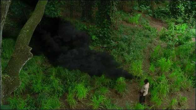 Lorsque Locke est tiré par la fumée noire et que Jack tente de le retenir, que lui dit Locke ?