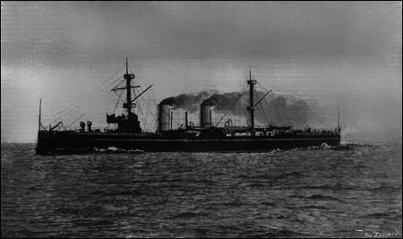 En 1912, la flotte ottomane, constituée de navires anciens, sort peu de ses ports et évite une confrontation navale de grande ampleur ; le principal affrontement a lieu les 7 et 8 juin 1912 à Kunfuda en mer Rouge : les Ottomans perdent leurs 6 canonnières. Qui affrontaient-ils ?