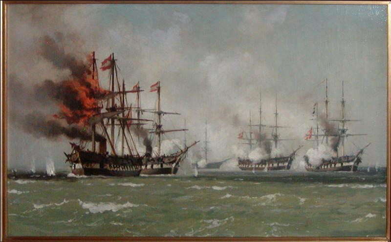 Le 8 mai 1864 à la bataille d'Heligoland, une flotte alliée austro-prussienne essuie un échec tactique et doit se retirer, son navire amiral fortement endommagé. Qui affrontait-elle ?