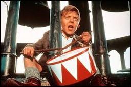 """Quelle récompense reçoit le film """"Le Tambour"""" réalisé par Volker Schlöndorff sorti en 1979 ?"""