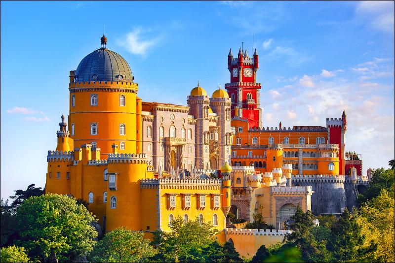 Dans quel pays peut-on visiter le palais de Pena ?