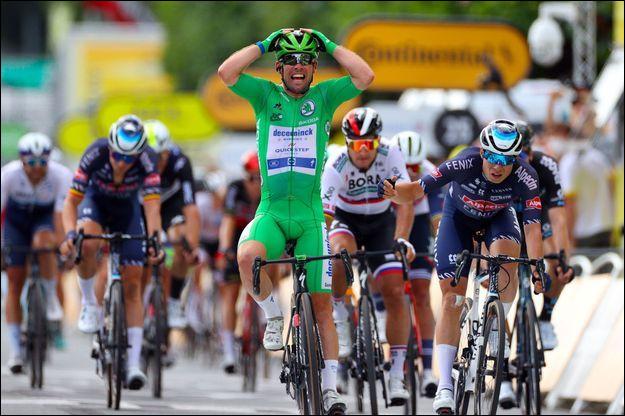Le coureur cycliste britannique Mark Cavendish est né sur l'île de Man ; il est donc...