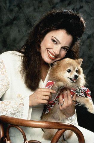 C C Babcock a un tout petit chien roux, que Fran a nommé ?
