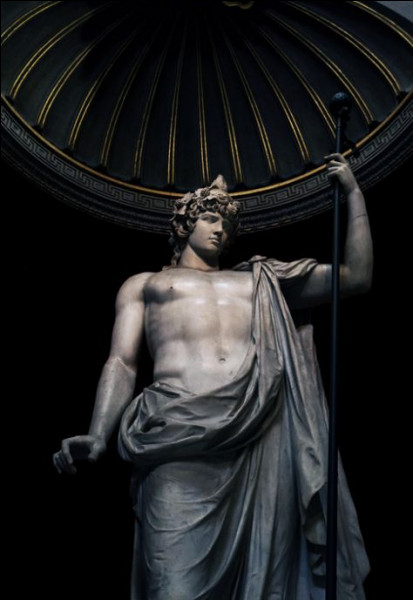 Combien de tuyaux la syrinx, inventée par Hermès, comporte-t-elle ?