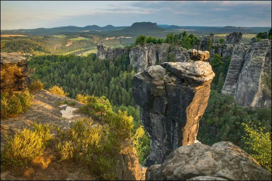 Pour terminer ce voyage, direction la Bohême, région d'Europe centrale située...