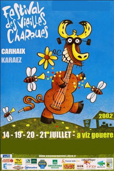 Quel est le thème du Festival des vieilles charrues qui a lieu chaque année dans le Finistère ?