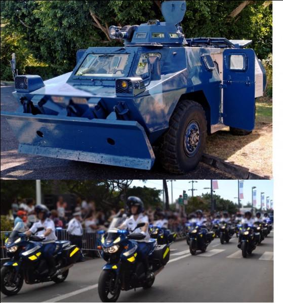 Juste derrière, la gendarmerie prend le relais avec des motards et un...