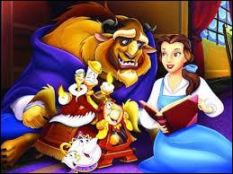 """Dans """"La Belle et la Bête"""", que fait Belle pour sauver son père emprisonné par la Bête ?"""