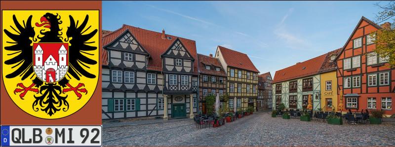 Retournons au cœur historique de la nation allemande : la très médiévale Quedlinburg (Saxe-Anhalt), patrie du poète Friedrich G. Klopstock (1724-1803), a quelque chose d'historiquement particulier : quoi donc ?