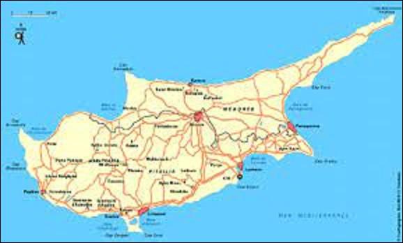 16 août 1960 : L'île de Chypre accède à l'indépendance. Auparavant, de quel pays était-elle une colonie ?