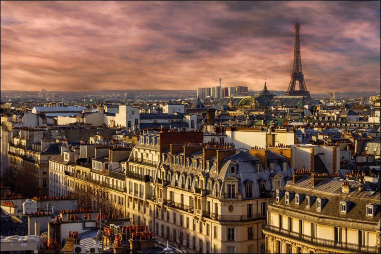 Pour Dutronc, il est 5 heures, Paris s'éveille ! Quelle place a mauvaise mine ?