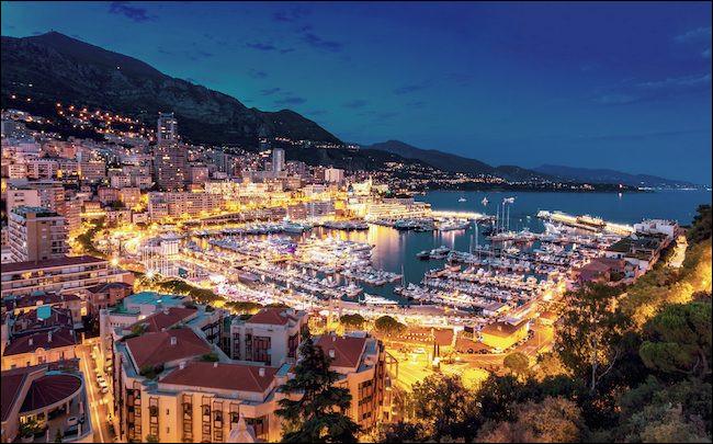 """Qui chantait """"Et pour pas payer d'impôts, il faut naître à Monaco"""" ?"""