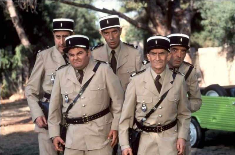 Dans celui-ci, il y a deux groupes. Un est composé de gendarmes et le second, de voleurs. Quelle est cette série de films ?