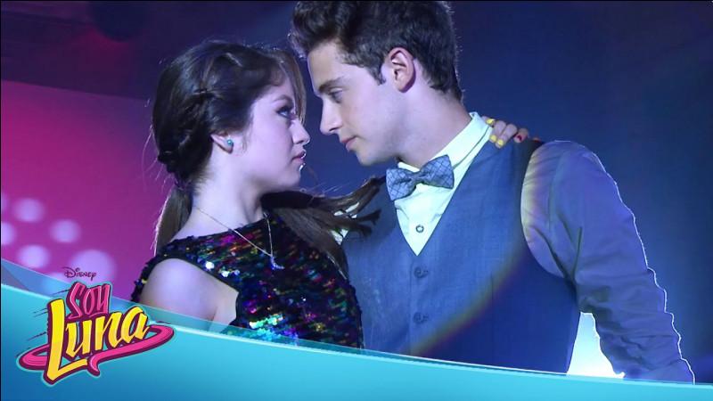 Dans quels épisodes Luna et Matteo s'embrassent-ils ?