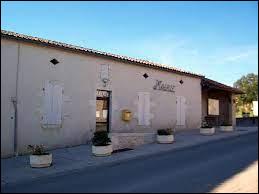 Village néo-aquitain, dans le vignoble des Côtes de Duras, Pardaillan se situe dans le département ...