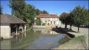 Riel-les-Eaux est une commune Côte-d'Orienne située en région ...