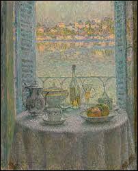 Cette table devant la fenêtre a été représentée par l'artiste :