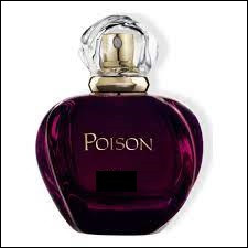 """Quelle est la marque de ce parfum nommé """"Poison"""" au flacon violet ?"""