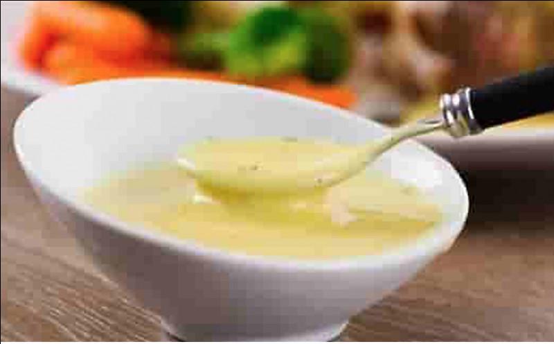 Quelle est cette sauce à base de beurre, de jaunes d'oeuf, d'échalote, d'estragon, de cerfeuil, et de vinaigre de vin ?