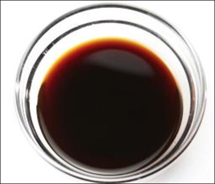 Quelle est cette sauce chinoise produite par fermentation de protéines végétales ?
