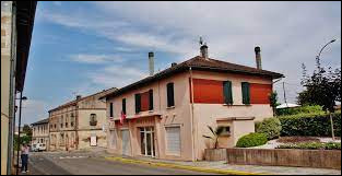 Commune occitane, dans l'aire urbaine Montalbanaise, Meauzac se situe dans le département ...