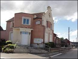 Village Axonais, Mennessis se trouve dans l'ex région ...
