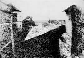 Quel est le nom de la première photographie permanente réussie ?