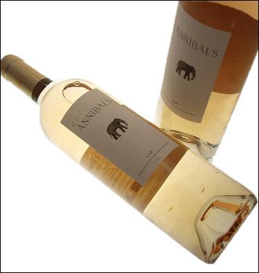 Un touriste achète une bouteille de vin de Provence à 20 euros. Le vin coûte 19 euros de plus que la bouteille vide. Combien vaut la bouteille vide ?