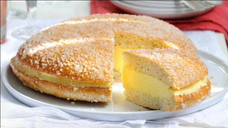 Souvenir de vacances - Je vous offre une part de cette tarte mais répondez d'abord à cette question.Où se trouve la fabrique ''La Tarte Tropézienne'' ?