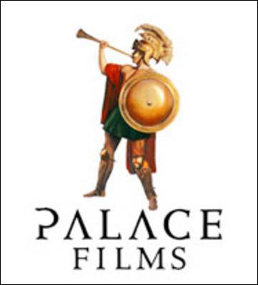 """Qui accompagne Claude Brasseur dans le film """"Palace"""" ?"""