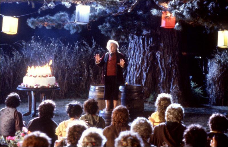 Quel anniversaire Bilbon a-t-il fêté au début du premier opus ?