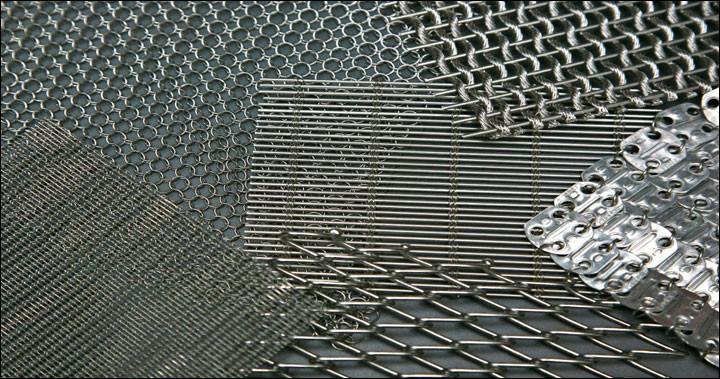 Si des morceaux de métal se touchent dans l'espace, pendant combien de temps resteront-ils collés ensemble ?