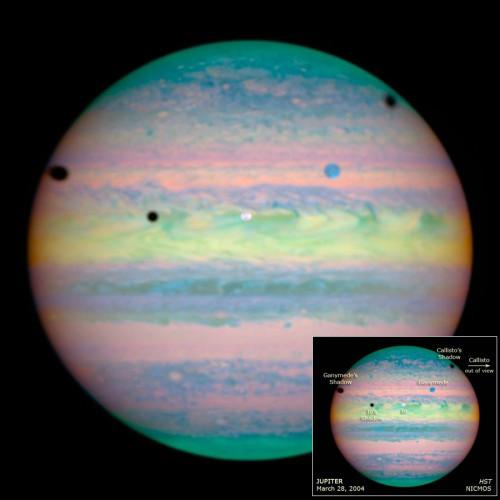 Sur cette image de Jupiter, combien d'éclipses ont eu lieu en même temps ?