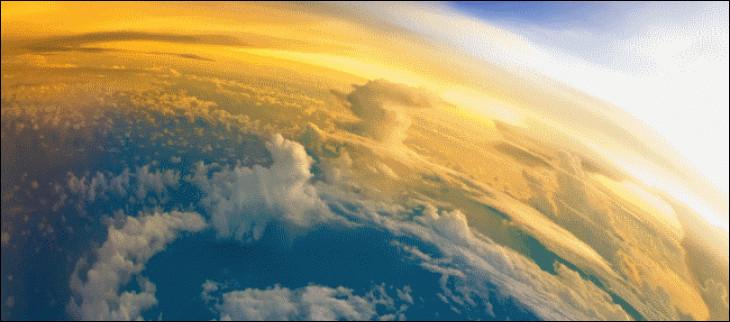 Sachant que l'atmosphère terrestre se compose de 78 % d'azote et de 21 % de dioxygène, quel est le pourcentage des autres gaz qui la composent ?