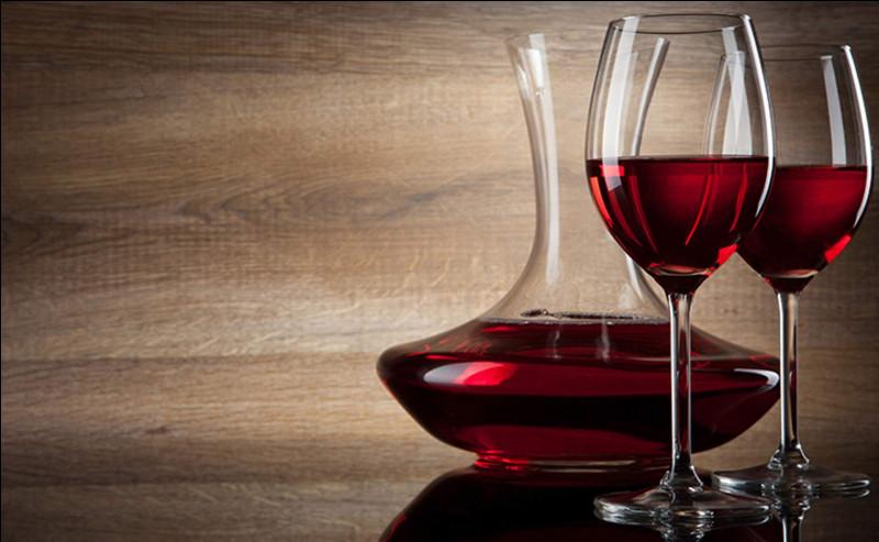 Auquel de nos cinq sens fait-on appel quand on évoque la robe d'un vin ?