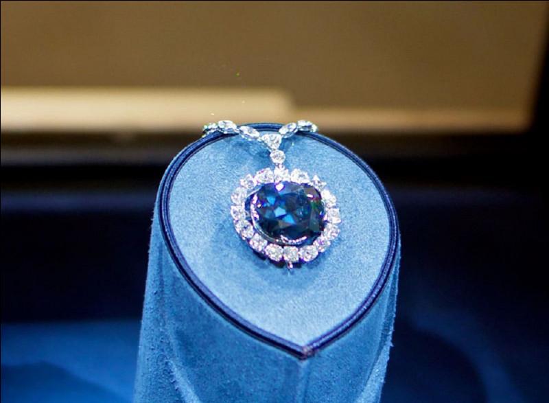 Quelle réputation le diamant ''Hope'' a-t-il ?