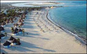 Où se situe l'île de Djerba ?
