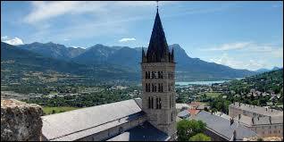 Dans quel département se situe la ville d'Embrun ?