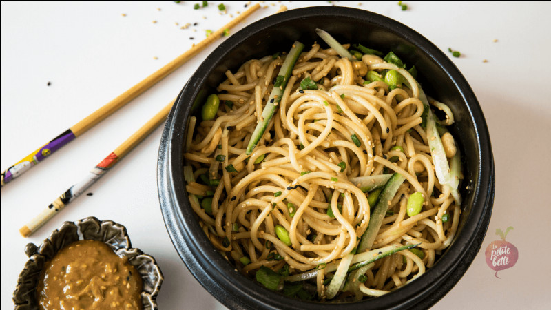 Quelles sont ces pâtes, qui sont aussi mangées dans les soupes chinoises et qui sont très connues ?