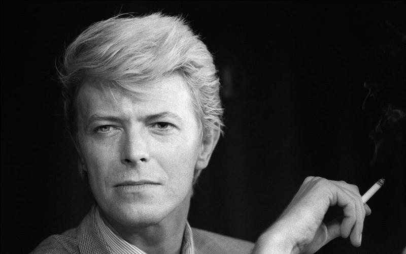 Trouvez l'intruse parmi ces chansons de David Bowie.