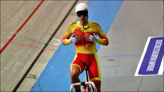 Trouvez l'intrus parmi ces célèbres cyclistes espagnols.
