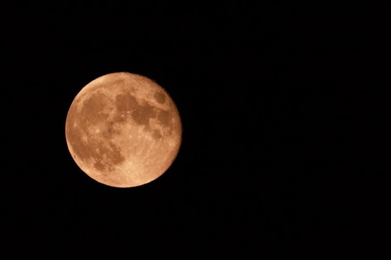 """""""Fly me to the Moon"""" est une chanson de..."""