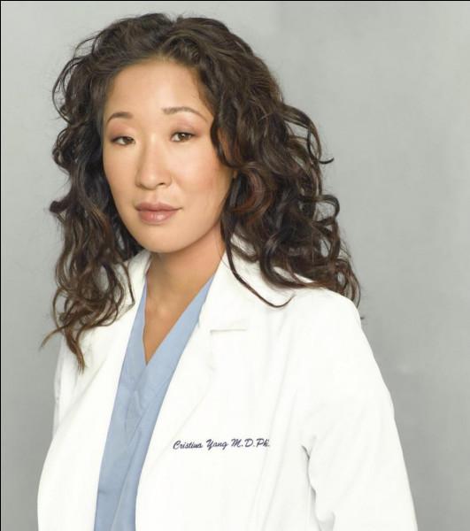 En quoi veut se spécialiser Christina Yang ?