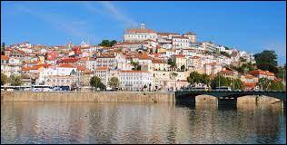 La ville de Coimbra se situe-t-elle en Espagne ?