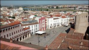 La ville de Badajoz se situe-t-elle en Espagne ?