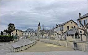 Notre première balade du week-end commence dans le Béarn , à Asson. Nous sommes dans le département néo-aquitain...